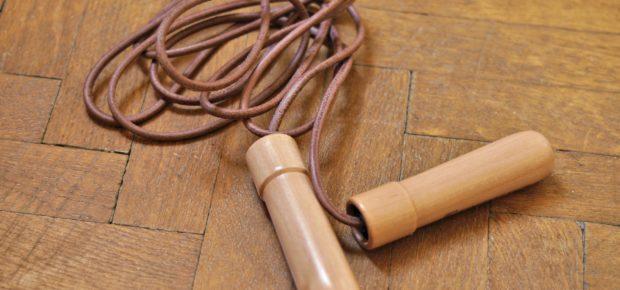 Mit Seilspringen abnehmen und gleichzeitig Muskeln aufbauen